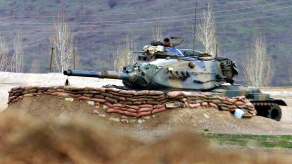 Turecký tank v Iráku - Sputnik Česká republika