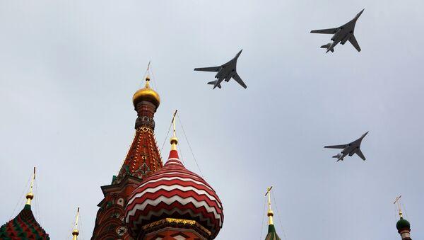 Dálkové strategické bombardéry během přehlídky Vítězství 9. května v Moskvě - Sputnik Česká republika