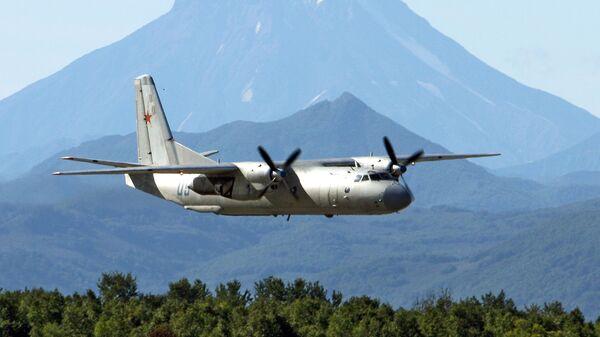 Vojenský transportní letoun An-26 - Sputnik Česká republika