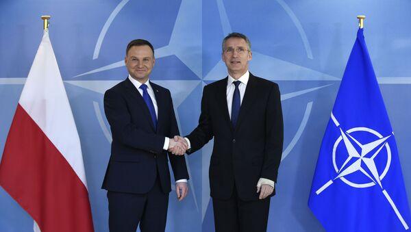 Andrzej Duda a Jens Stoltenberg - Sputnik Česká republika