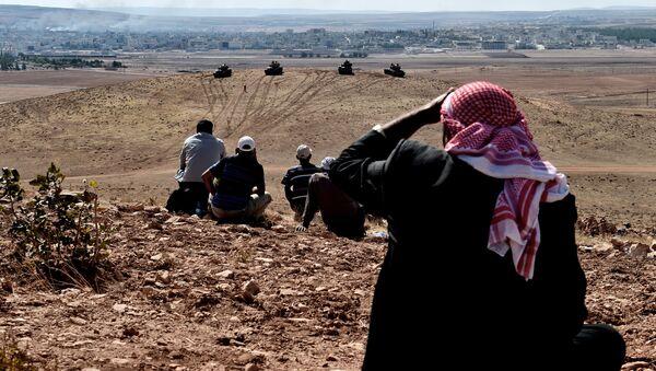 Turecké tanky na syrsko-turecké hranici - Sputnik Česká republika