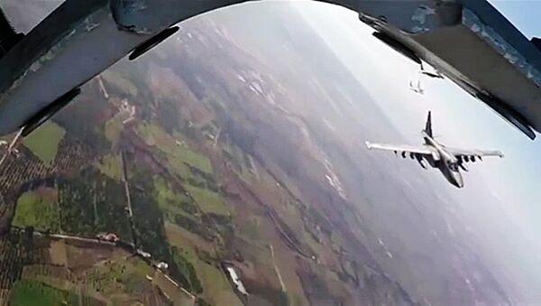Bojový let Su-25 a MiG-29 v Sýrii - Sputnik Česká republika