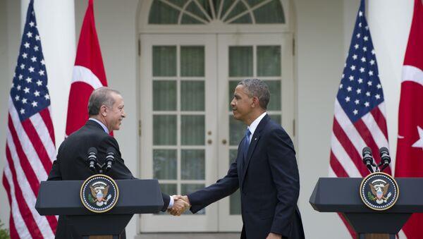 US President Barack Obama and Turkey's President Recep Tayyip Erdogan - Sputnik Česká republika