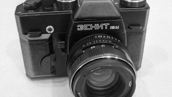 Fotoaparát Zenit - Sputnik Česká republika
