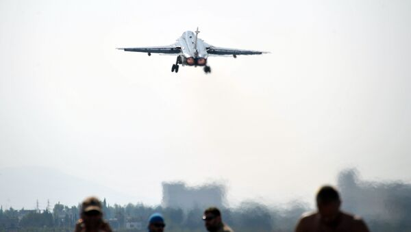 Ruský bombardér Su-24 v Sýrii - Sputnik Česká republika