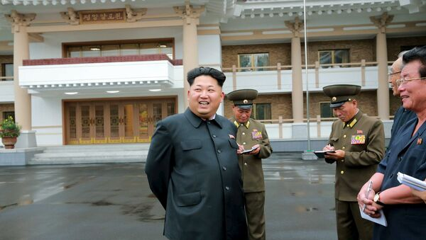 North Korean leader Kim Jong Un gives guidance during his visit to the newly-built Pyongyang Home for the Aged - Sputnik Česká republika