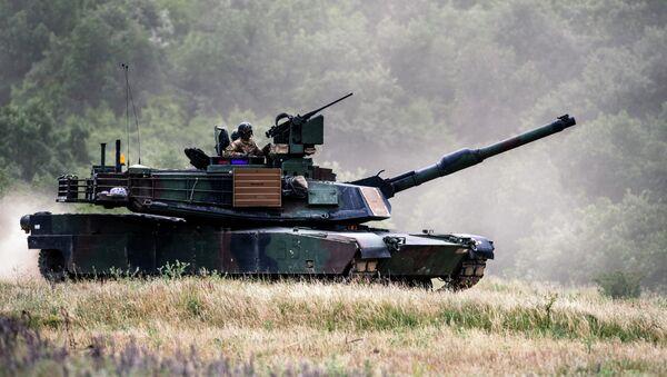 Americký tank M1A2 Abrams - Sputnik Česká republika