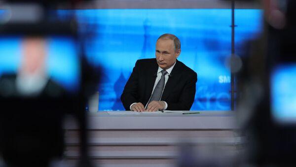 Přímá linka s Vladimirem Putinem. Archivní foto - Sputnik Česká republika