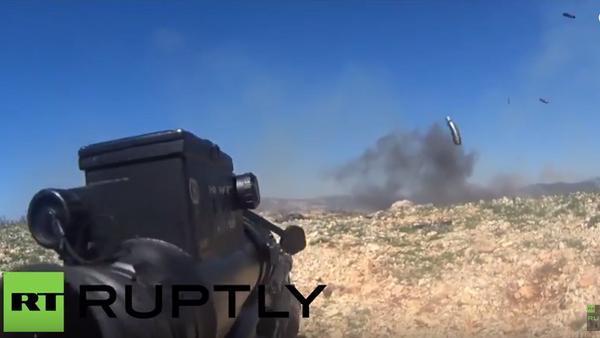 Vojáci syrské armády natočili na GoPro ostřelování pozic ozbrojenců v Lázikíji - Sputnik Česká republika