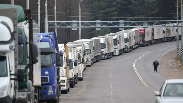 Ruské náklaďáky na bělorusko-litevské hranici - Sputnik Česká republika