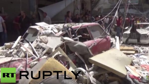 Rozbité domy a zranění obyvatelé – následky ostřelování Aleppa ozbrojenci - Sputnik Česká republika
