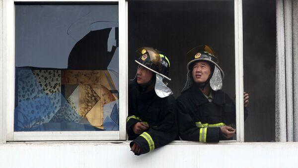 Čínští hasiči - Sputnik Česká republika