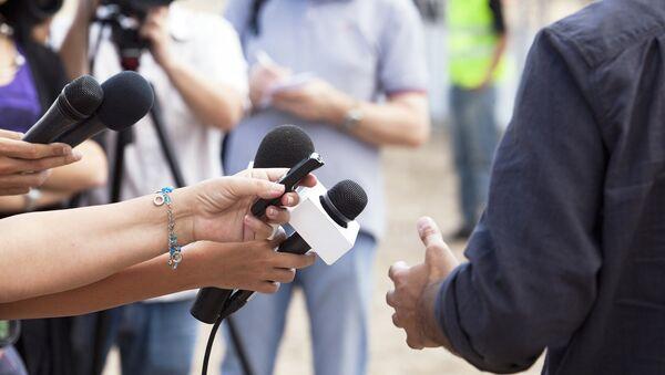Korespondenti během práce - Sputnik Česká republika