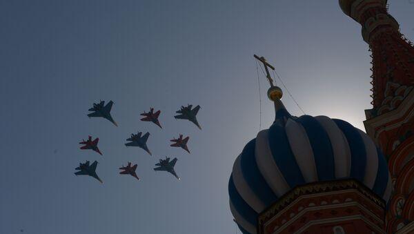 Su-27 a MiG-29 během generální zkoušky přehlídky Vítězství - Sputnik Česká republika