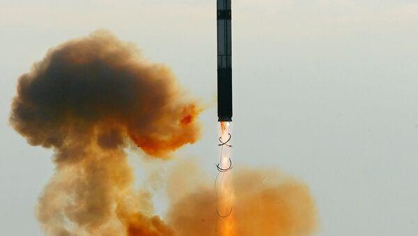 Start rakety RS-20 Vojvoda (SS-18 Satan) - Sputnik Česká republika