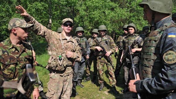Cvičení amerických a ukrajinských vojáků - Sputnik Česká republika