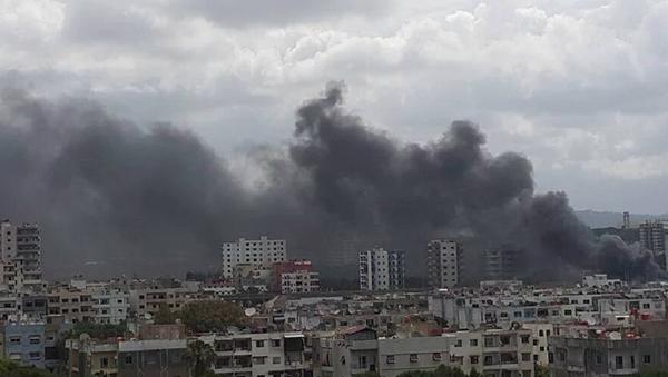 Tři exploze se ozvaly poblíž autobusové zastávky v Lázikíji - Sputnik Česká republika