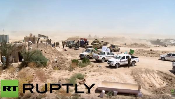 Irák: irácké síly bombardují Fallúdžu obsazenou IS - Sputnik Česká republika