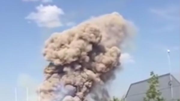 Na internetu se objevilo video požáru na polygonu Ašuluk - Sputnik Česká republika