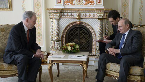 Schůzka expremiéra Kanady Jeana Chrétiena s ruským prezidentem Vladimirem Putinem - Sputnik Česká republika