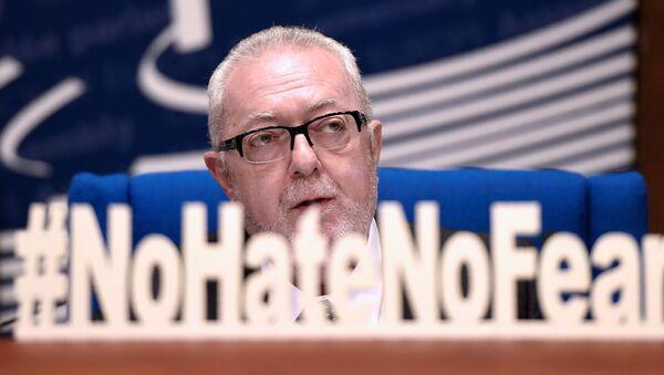 Předseda Parlamentního shromáždění Rady Evropy Pedro Agramunt. - Sputnik Česká republika
