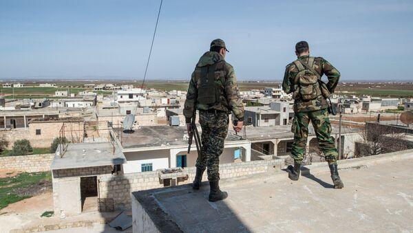 Syrští vojáci v okolí Aleppa - Sputnik Česká republika