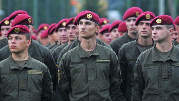 Ukrajinští vojáci během cvičení NATO - Sputnik Česká republika