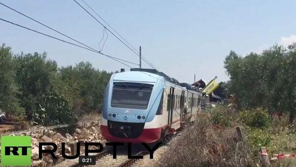 Na jihu Itálie se srazily dva vlaky - Sputnik Česká republika