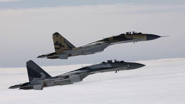 Stíhačky Su-35 - Sputnik Česká republika