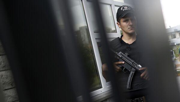 Policista v Istanbulu - Sputnik Česká republika
