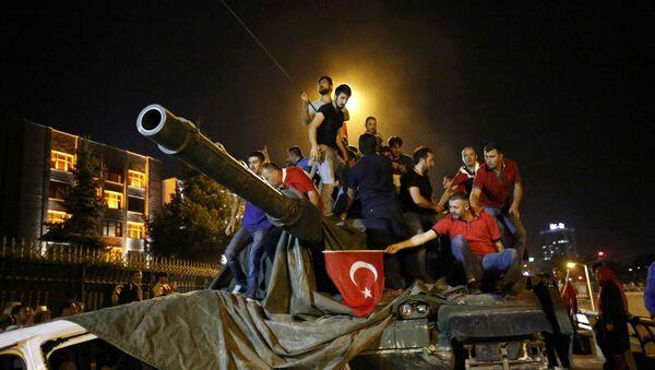 Pokus o převrat v Turecku - Sputnik Česká republika