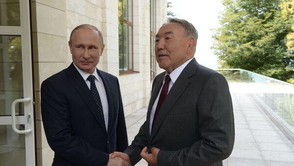 Vladimir Putin a Nursultan Nazarbajev - Sputnik Česká republika