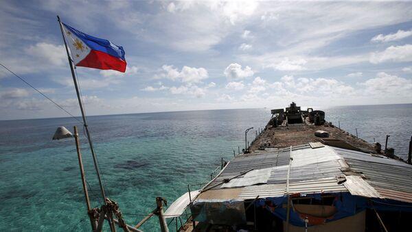 Filipínská vlajka na lodi - Sputnik Česká republika