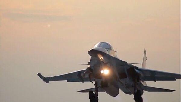 Letecké útoky bombardérů Su-34 ze základny Hamadán - Sputnik Česká republika