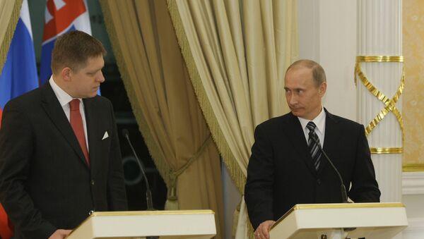 Robert Fico a Vladimir Putin - Sputnik Česká republika