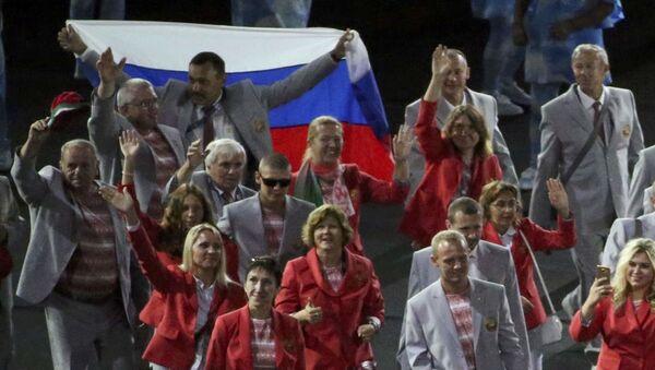 Běloruští paralympionici s ruskou vlajkou - Sputnik Česká republika