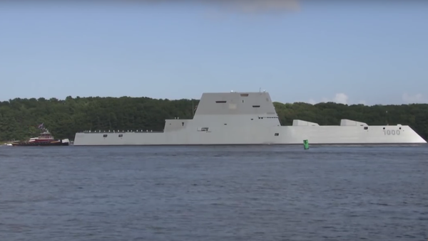 Objevilo se video první plavby nejnovějšího amerického torpédoborce Zumwalt - Sputnik Česká republika