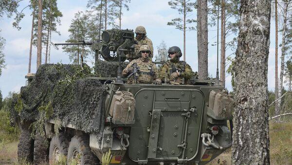 Cvičení NATO Saber Strike 2016 v Estonsku - Sputnik Česká republika