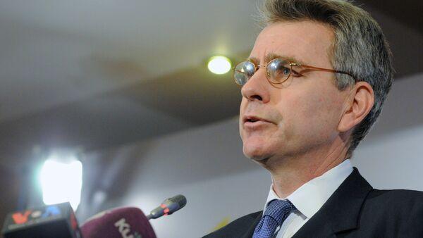 Geoffrey Pyatt - Sputnik Česká republika