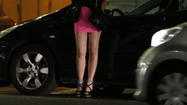 Prostitutka čeká na zákazníky - Sputnik Česká republika
