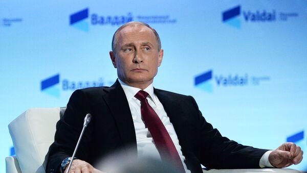 Vladimir Putin během zasedání klubu Valdaj - Sputnik Česká republika