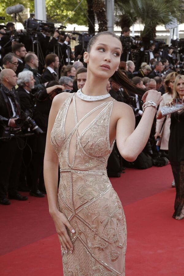 Modelka Bella Hadidová - Sputnik Česká republika