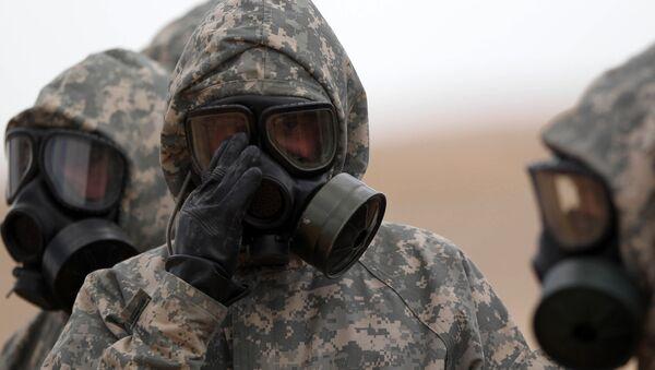 Experti MO RF odebírají vzorky v místě chemického útoku v Aleppu - Sputnik Česká republika