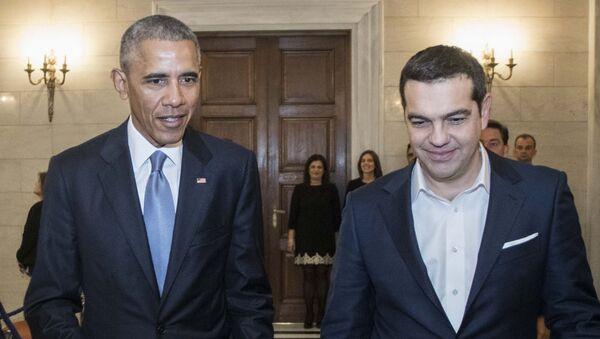 Barack Obama s řeckým premiérem Tsiprasem během návštěvy v Řecku, listopad 2016. - Sputnik Česká republika