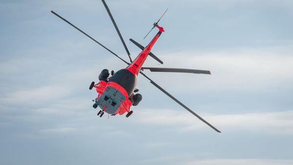 Letecká cvičení arktického vrtulníku Mi-8AMTSh-VA v letecké továrně v Ulan-Ude - Sputnik Česká republika