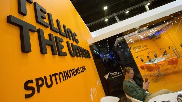 Stánek Sputniku na XX. Mezinárodním ekonomickém fóru v Petrohradu - Sputnik Česká republika