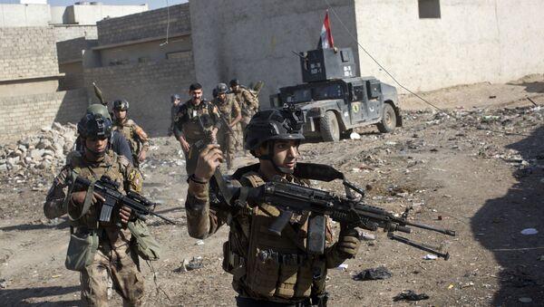 Iračtí vojáci v Mosulu - Sputnik Česká republika