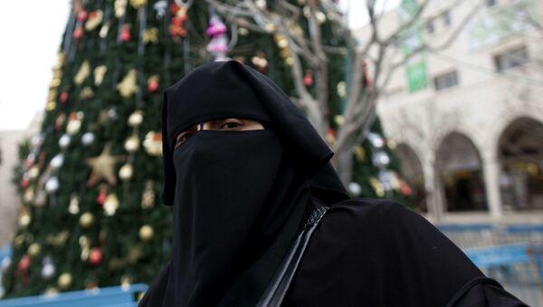Žena v hidžábu - Sputnik Česká republika
