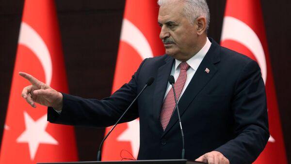 Turecký premiér Binali Yildirim - Sputnik Česká republika