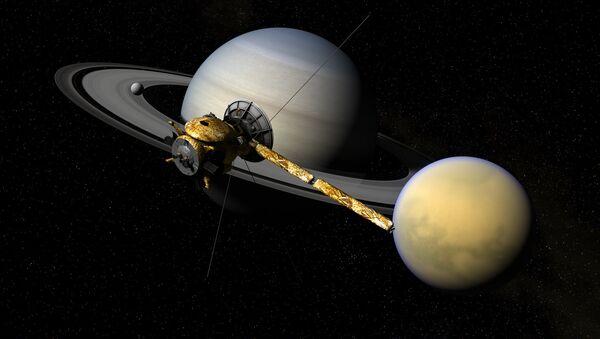 Cassini, Titan, & Saturn - Sputnik Česká republika